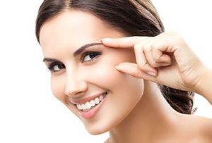 تزریق بوتاکس میتواند عضلات صورت که شما از آنها بیشتر از همه استفاده میکنید را آرام و شل کنند