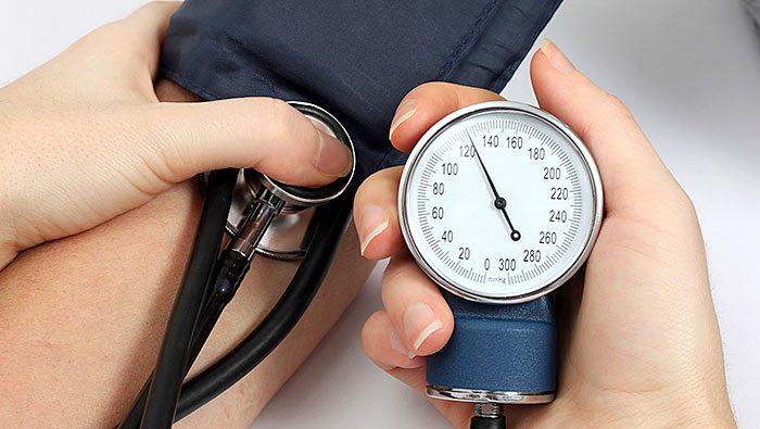 داشتن فشار خون بالا برای انجام طب سوزنی مناسب نیست
