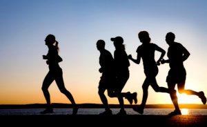 داشتن تحرک بدنی و ورزش برای کاهش وزن و درمان سلولیت