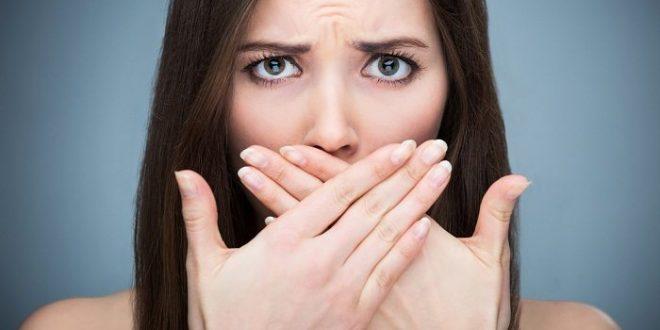 رابطه بوی بد دهان با معده