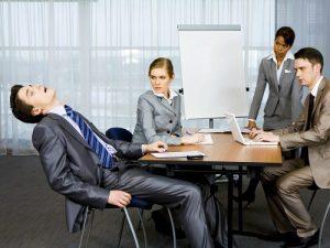 کم خوابی و بی خوابی و خستگی در روز
