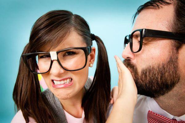 بوی بد دهان از چیست-درمان بوی بد دهلن-رفع قطعی بوی بد دهان