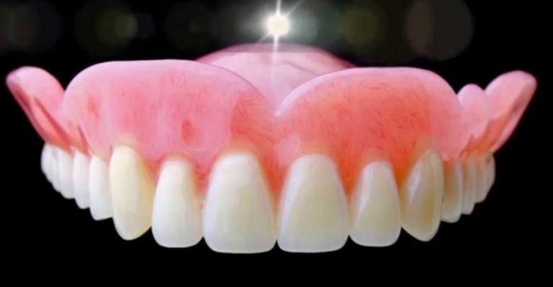 Photo of در مورد انواع دندان مصنوعی، نگه داری، تمیز کردن و رفع مشکل لقی آن بدانید.