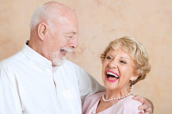 کاربرد دندان مصنوعی برای همه افراد