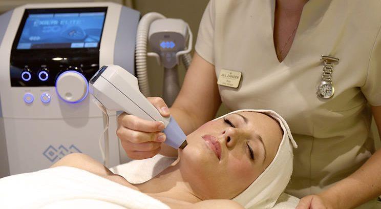 دستگاه اکسیلیس برای سفت کردن پوست و کاهش چربی موضعی بدن