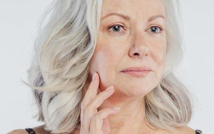 جراحی لیفت گردن یا پلاتیسما پلاستی: آنچه که باید بدانید